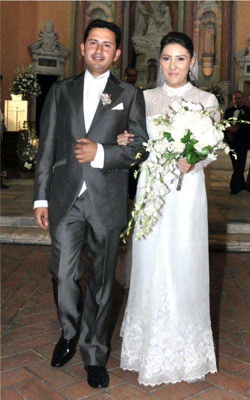 7dbc2187f Alquiler vestidos de novia matrimonio civil bogota – Vestidos baratos